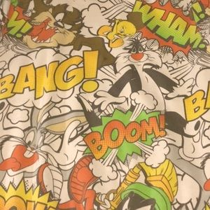 L pullover looney tunes sweater